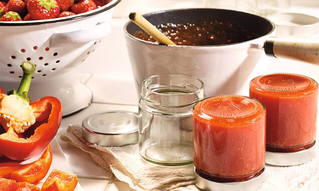 Sladká jahodovo-papriková nátierka